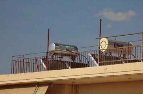 Οι ηλιακοί θερμοσίφωνες σε πολυκατοικία οφέλη και ιδιαιτερότητες