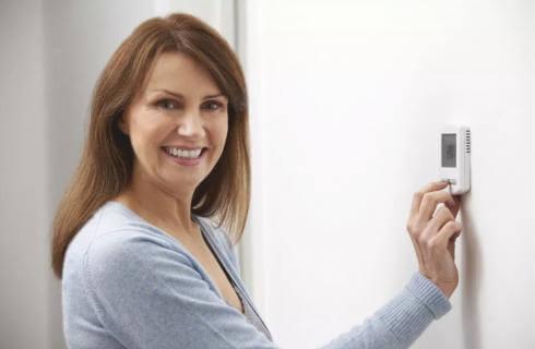 Ποιος είναι ο κατάλληλος θερμοστάτης για το σπίτι σας