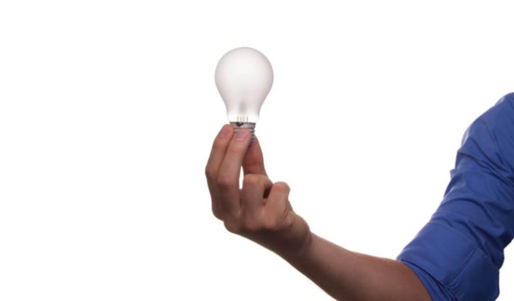 Οικονομία στο ρεύμα 6 tips για εξοικονόμηση ενέργειας.